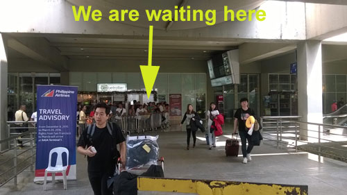 NAIA 2 Arrival Sunduan « Caught (up) in traffic
